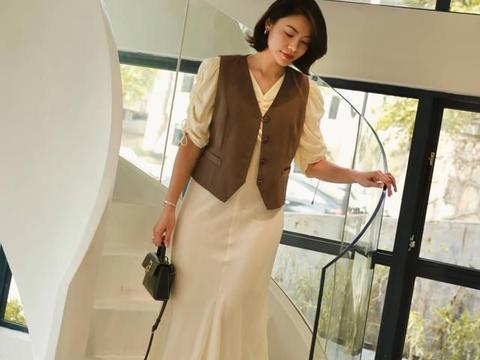 夏季穿搭过于平淡?掌握这几个叠穿小技巧,普通人也能穿出时尚感