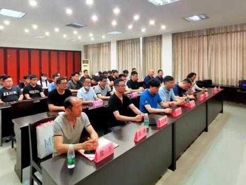 热烈祝贺扬州第二届中国轻工玉雕大师高研班开班典礼圆满成功