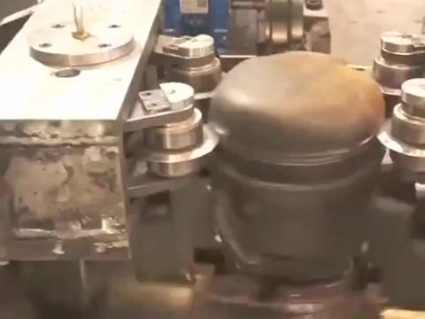 废旧回收马达拆解机,一天能拆一吨多的铜丝,一吨能卖5000!