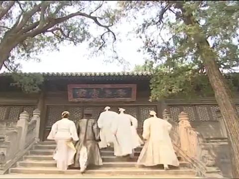 倚天屠龙记:张翠山夫妇回武当山,三师兄竟见害他的凶手