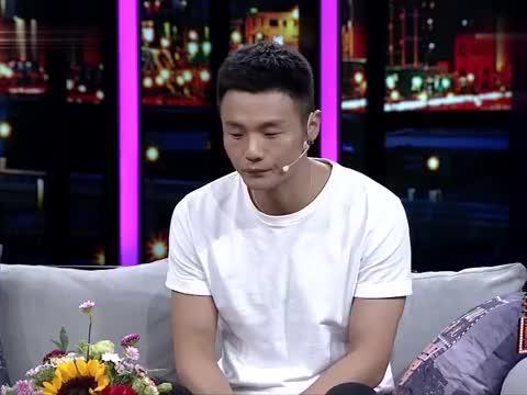 非常静距离:李荣浩谈父亲过世后,卖歌还账,当起家里顶梁柱