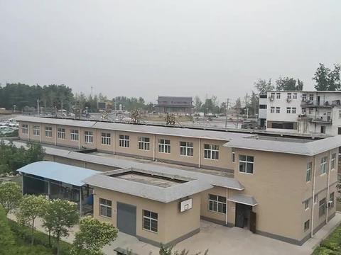 花园口村,郑州离黄河最近的村庄,站在楼顶就能看到黄河