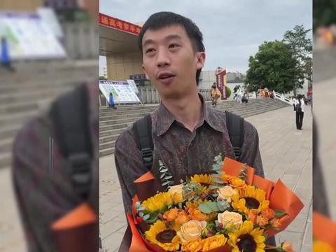 云南小伙大四退学重读高中,考取上海电影学院导演系第一名!