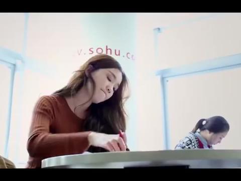 于莎莎参加考试这样作弊,监考老师看不下去了直接驱逐出场