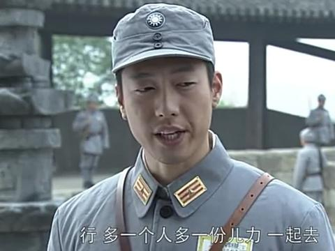 在国难面前洪喜也摒弃家仇,与何家驹一同逼韩抗战