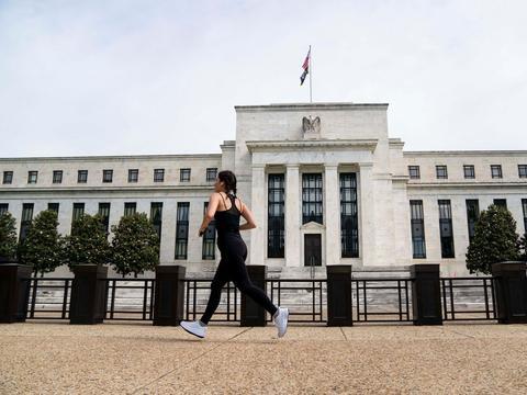 华尔街日报:通胀攀升可能逼着美联储加息
