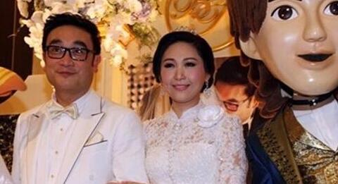 女儿出嫁巴育主持英拉到场,房子占地270亩,给中国投资了上千亿