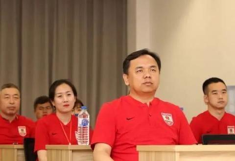 长春亚泰开展党史学习 观《复兴之路》感受中华民族百年奋斗征程