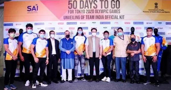 印度奥运战衣高调亮相,李宁标志令印度人炸锅,这还不是最扎心的