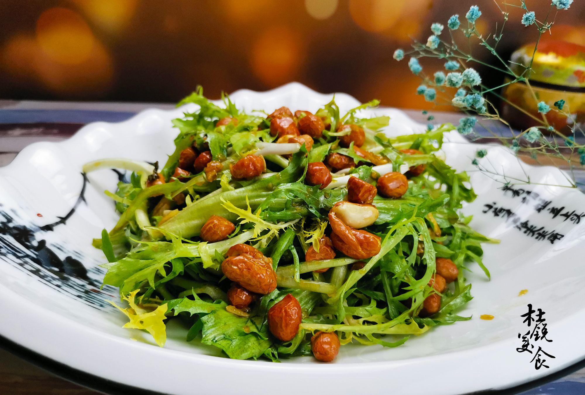 """有""""营养全科""""之称的蔬菜,做成小凉菜,清热解暑夏季要常吃"""
