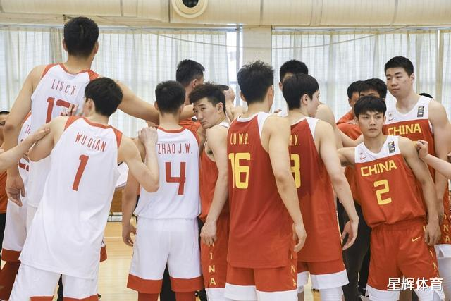 平均年龄24岁 杜锋改造中国男篮迈出年轻化的第一步 第二步更关键