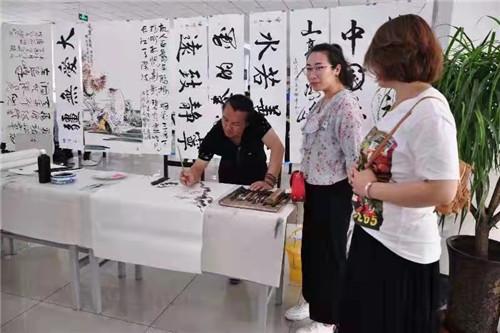 专访河北唐山古冶禅画家刘杰