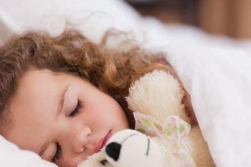 斯坦福专家:儿童睡眠需抓住黄金90分钟