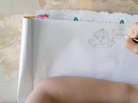老师让画一幅溺水的小插画丁丁轻松搞定,丁妈趁机讲解下安全知识