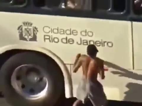 巴西:生活在这种地方,每天都得提心吊胆,社会治安太差