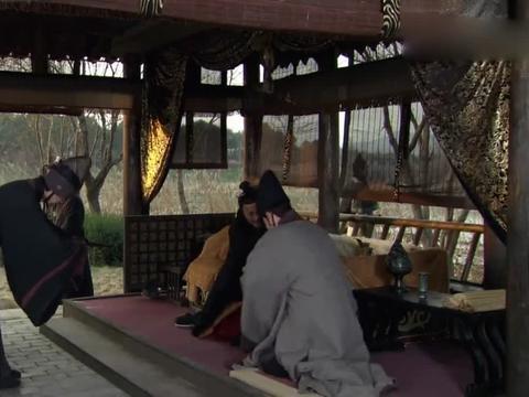 嬴驷听到了芈月和嬴稷的死讯,当着楚国使者的面,悲伤吐血