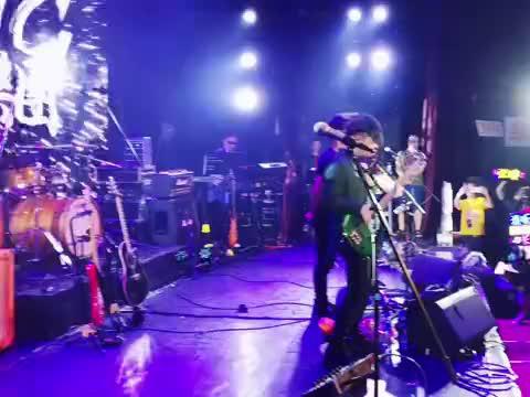 全场大合唱《海阔天空》太过瘾了摇滚乐 乐队 音乐节 黄家驹
