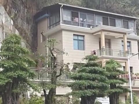 四川大凉山里的雨中别墅,简直就是世外桃源啊,我承认我羡慕了!