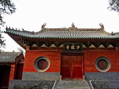 中国地位最高的寺庙,长年有武警驻守,不是少林,全国仅此一家