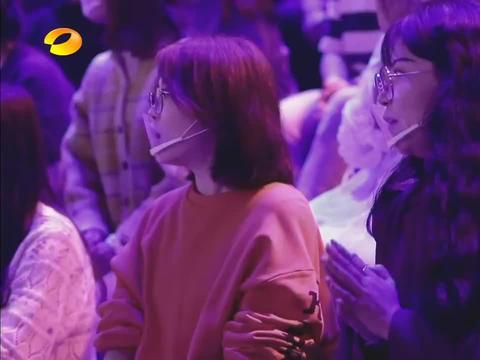 弦子模仿刘嘉玲,结果本尊出现了,瞬间惊出表情包