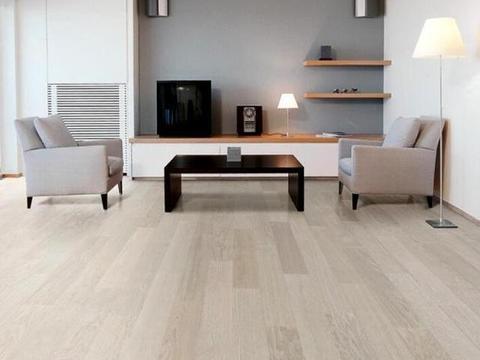 极家精装介绍装修选木地板好还是瓷砖好