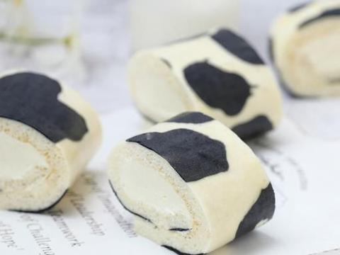 剩蛋白倒掉实在太可惜,做成奶牛花纹蛋糕卷,香甜细腻可爱到犯规