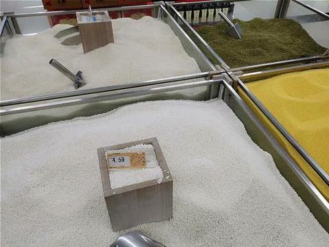 袋装米和散装米,差别大吗?或许以前都选错了,难怪米不香