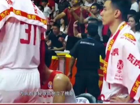 亚洲杯预选赛临近,三大主力缺阵,杜峰怎么办