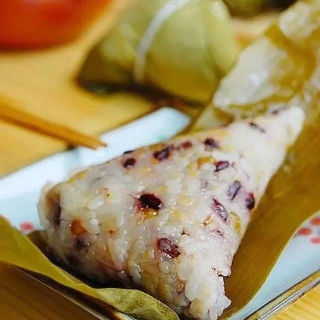 今年端午节,这几种馅料的粽子好吃又简单!自己动手包起来