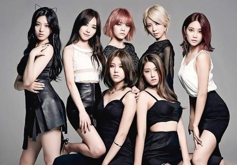 有韩国网友称,我们对女团爱豆的指责是对的