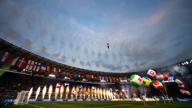 """7.5亿""""弱旅""""赢欧洲杯开门红 创2历史记录成争冠大热门"""