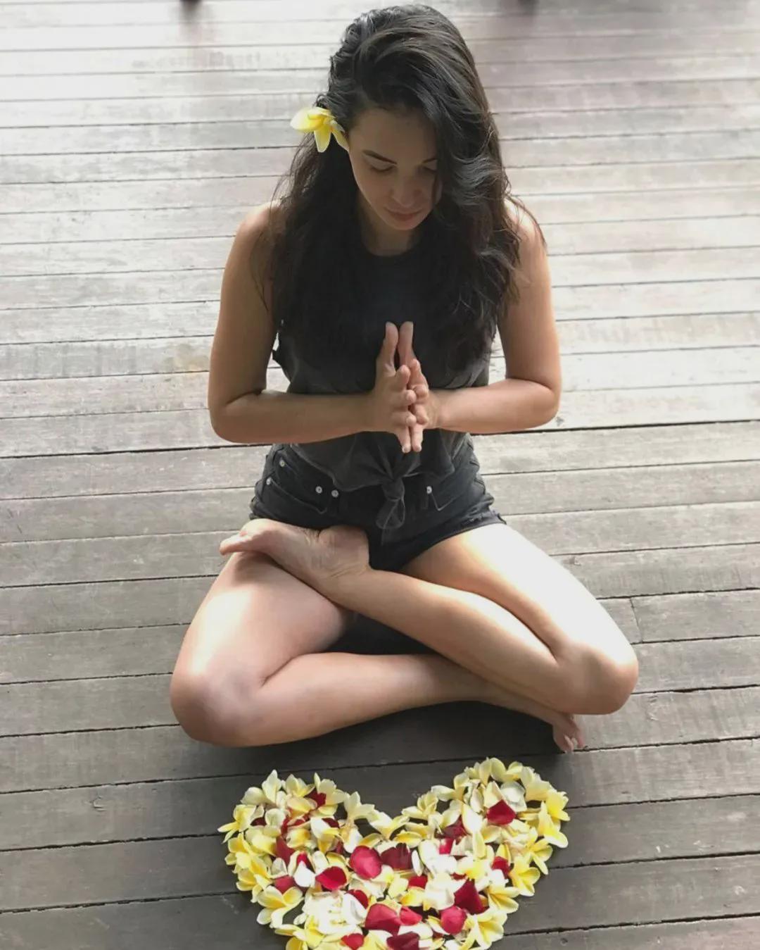 冥想5分钟,清除精神毒素,瑜伽科普了解一下