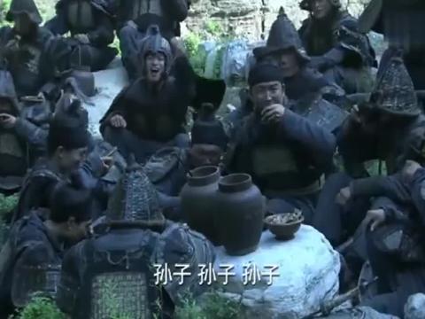 三国:孙权看见自己弟弟被斩,竟不为所动,继续支持陆逊!
