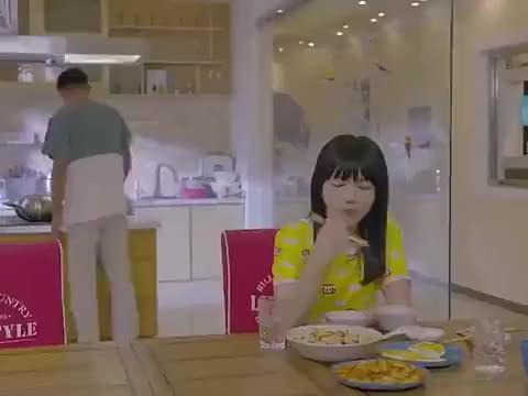 待嫁老爸:东风劝黛黛去医院看春红,黛黛诉说自己没有母爱