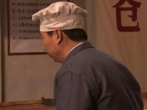 外姓兄弟:女人的一个电话,男人就从广州回来了,这话太狠了