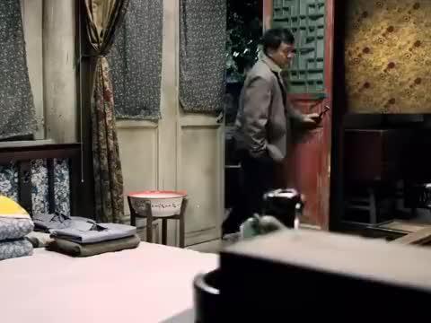 影视:淮茹揭露娄晓娥为人,傻柱不肯相信,结果被淮茹一句话点醒