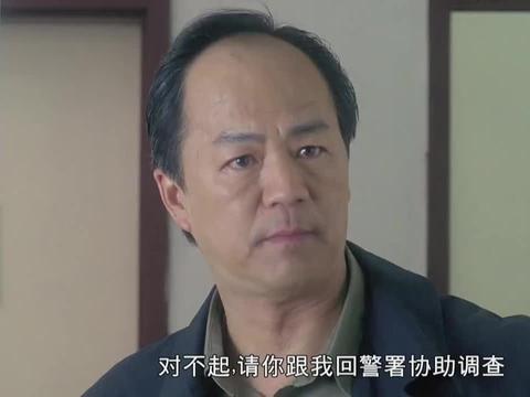 吴镇宇要被带走调查,假装打给律师给张家辉报信,张家辉:你贱!