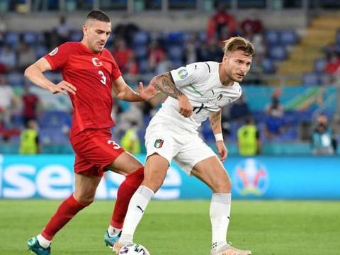 欧洲杯上的中国元素 海信广告牌刷屏揭幕战