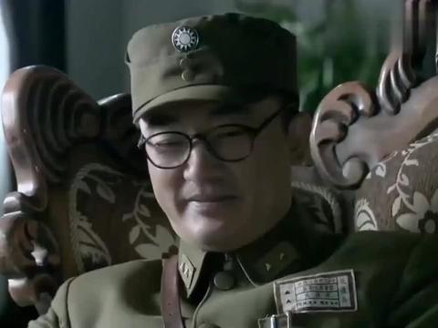 长沙保卫战:我党高级长官来见,薛岳上来就问军衔,你级别太低