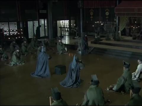 《三国》孙权看到张飞的首级开始害怕了,猜刘备肯定帮兄弟报仇