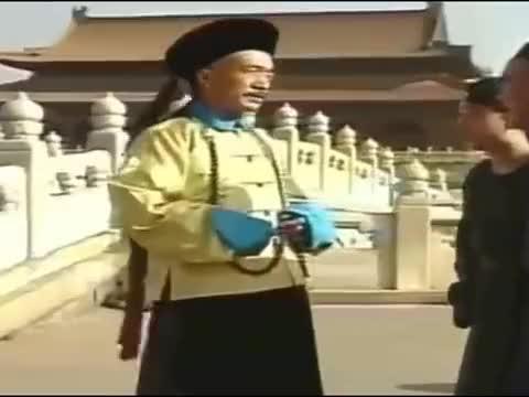 宰相刘罗锅:乾隆请客吃饭,刘墉吃的兴高采烈,结局有点意外
