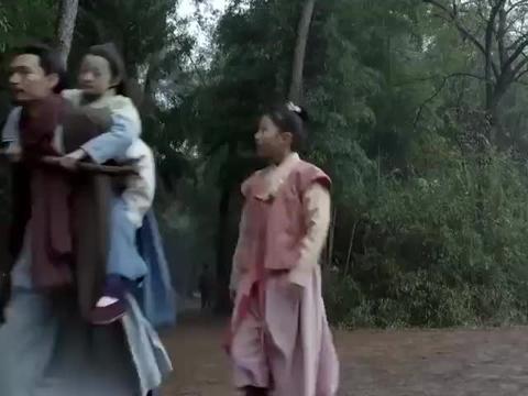 开封府:周怀仁带着益儿和青女回家,发现奶娘的丈夫找上门