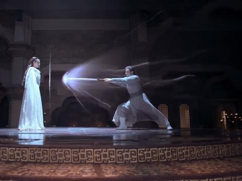 将夜2:柳白拔剑刺天女,这股傲气不愧是剑圣