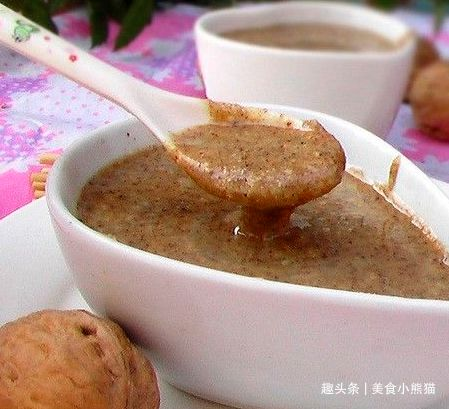 自制核桃花生酱,宝宝辅食营养搭配,做法超简单,拌饭酱首选!