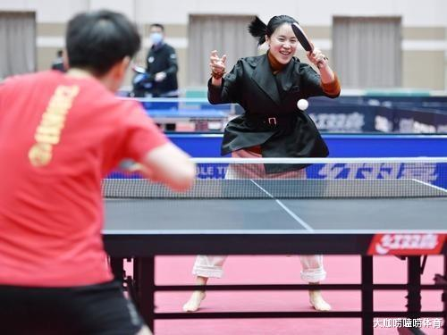 国乒奥运阵容集体出镜:马龙留胡子,刘诗雯不见踪影