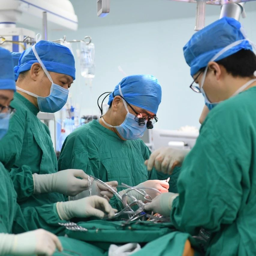 """病人手术全裸是医生癖好?这些医院里的""""秘密"""",一次讲清楚!"""