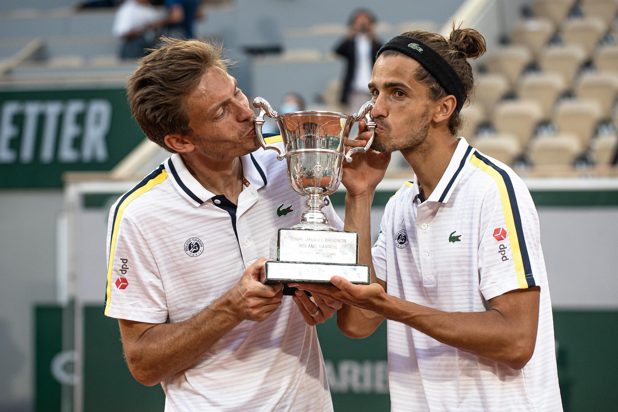 网球——法网:法国组合获得男双冠军