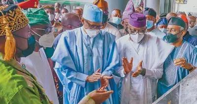 中企承建拉伊铁路正式开通运营——尼日利亚迎来西非首条现代化双线标准轨铁路