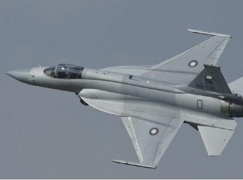 枭龙卖5000万美元嫌贵?阿根廷扬言:不降价就买印度LCA战机