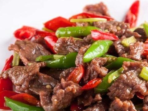 炒牛肉:腌制这一步很重要,分享详细做法,牛肉又嫩又香不柴不腥
